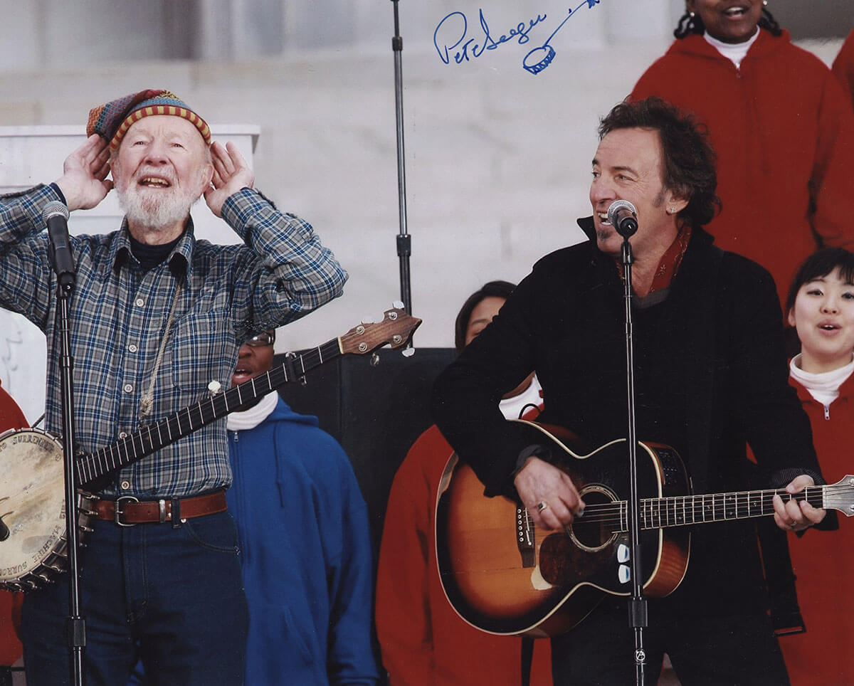 Bruce Springsteen performing with Pete Seeger in front of the White House for the inauguration of Barak Obama 2009